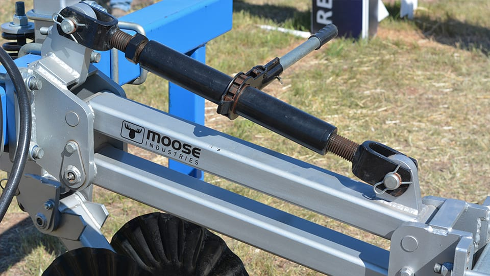 Mounting Arms